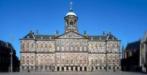 Fachada del Palacio Real de Amsterdam
