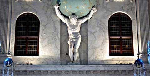 Atlas en el Palacio Real de Dam