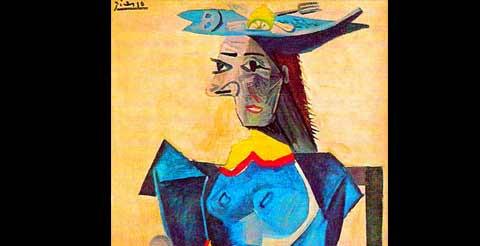 Mujer con cabeza en forma de pez